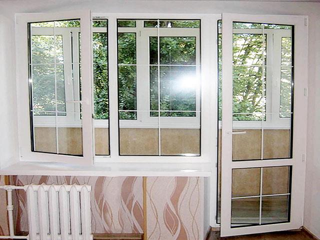 Балконный блок из профиля decco 60