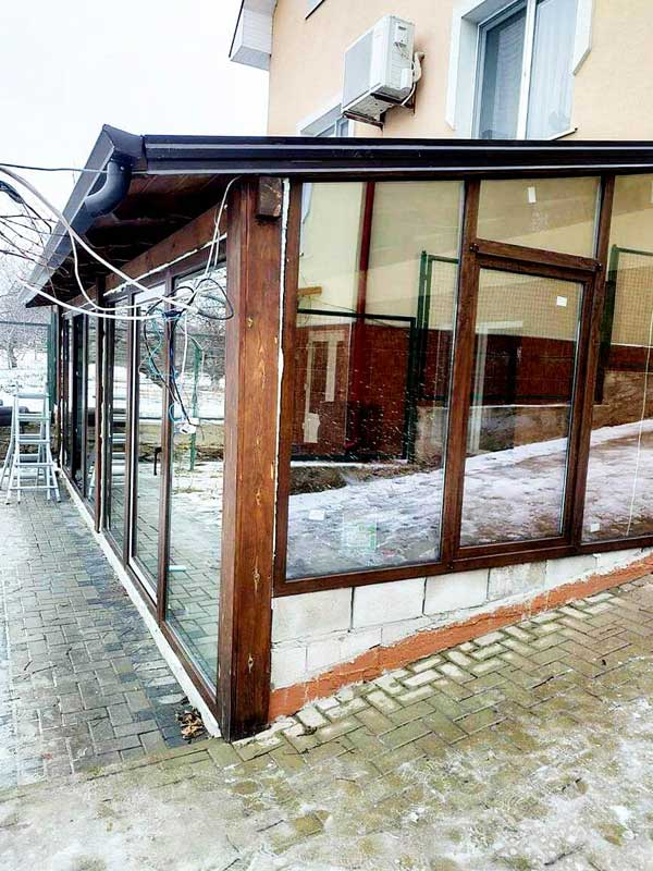 laminirovannye-okna-pod-derevo