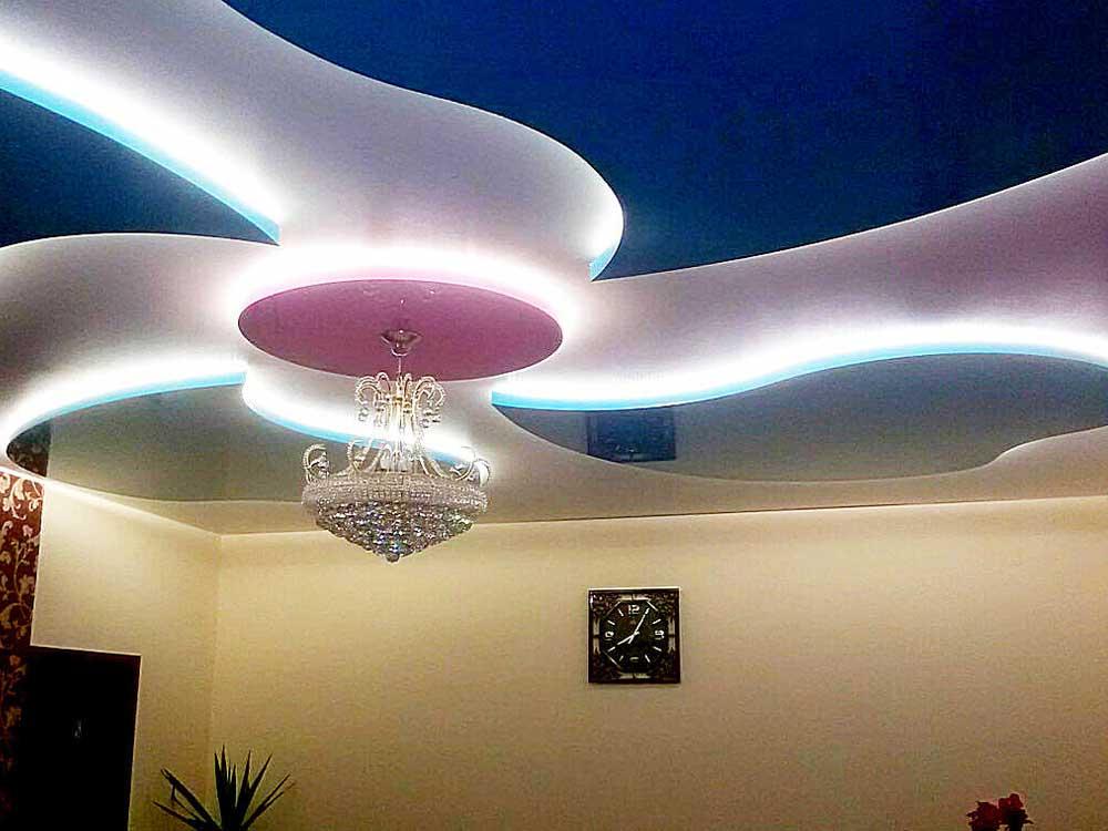 Немецкий потолок с освещением
