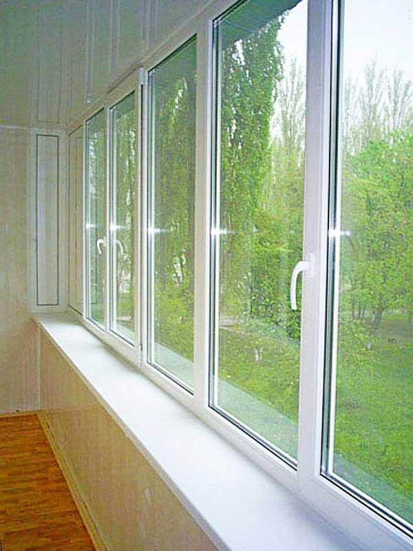 pvx-okna-na-lodzhii
