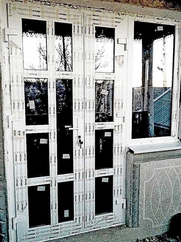 vhodnaya-dver-decco